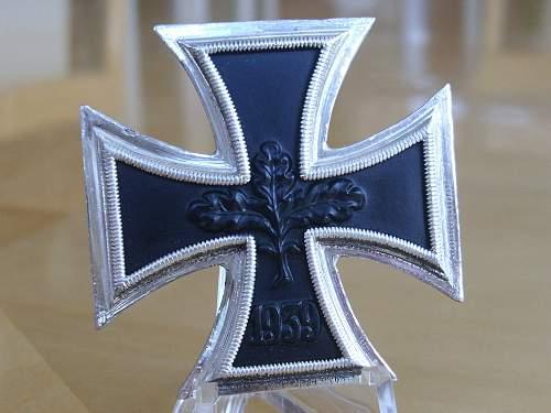 57er attributed KvK I with Swords...........
