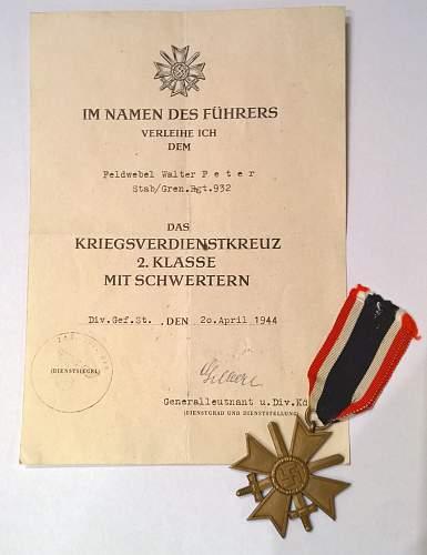 Kriegsverdienstkreuz with swords & document