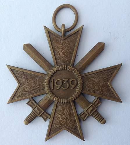 Kriegsverdienstkreuz 2. klasse mit schwertern marked 11