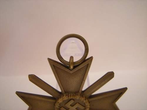 Click image for larger version.  Name:Kvk 2 with swords 1  Deschler & Sohn München  (3).jpg Views:55 Size:355.8 KB ID:823320