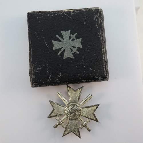 Kriegsverdienstkreuz 1.Klasse mit Schwertern ?