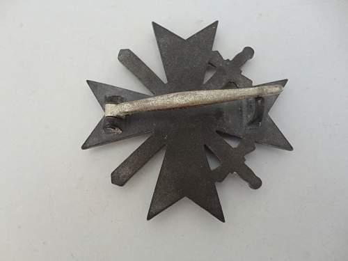 Click image for larger version.  Name:Kriegsverdienstkreuz 3.jpg Views:18 Size:66.2 KB ID:864034