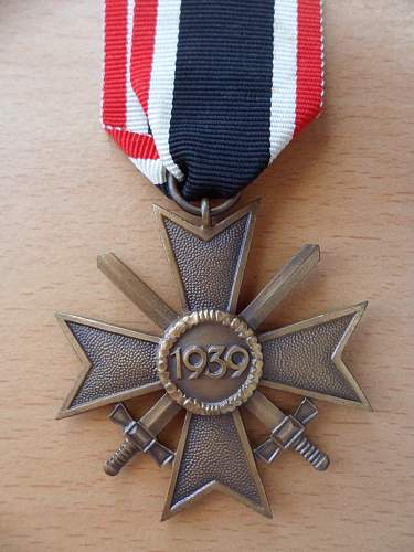 Kriegsverdienstkreuz 2 klasse with swords - ribbon and authentication
