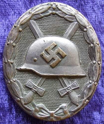Kriegsverdienstkreuz 1st class and Verwundetenabzeichen - Real or Fake???