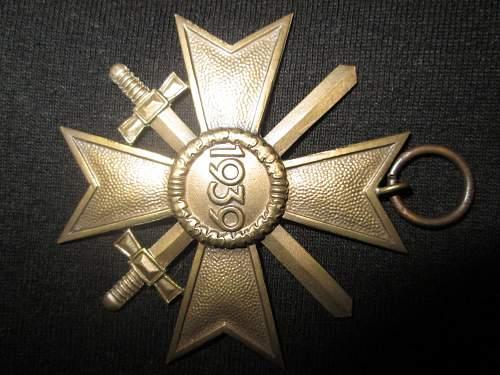 Kriegsverdienstkreuz 2.Klasse mit Schwertern Real or fake? Please