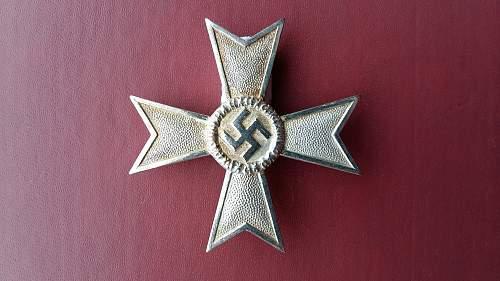 Kriegsverdienstkreuz 1 klasse ohne Schwerter (marked 1)