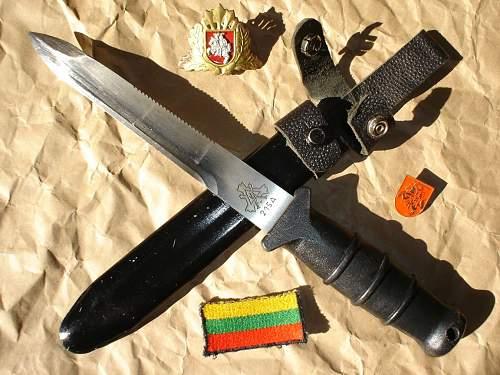 lithuanian post WW´s dagger ...