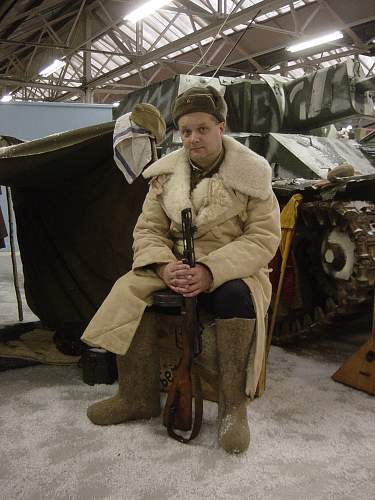 Click image for larger version.  Name:Xmas at the Tank Museum 2011 036.jpg Views:34 Size:253.1 KB ID:274210