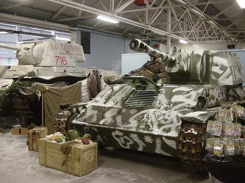 Click image for larger version.  Name:Xmas at the Tank Museum 2011 031.jpg Views:35 Size:257.0 KB ID:274221