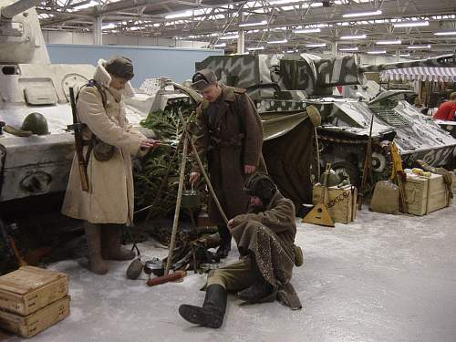 Click image for larger version.  Name:Xmas at the Tank Museum 2011 001.jpg Views:51 Size:257.0 KB ID:274239