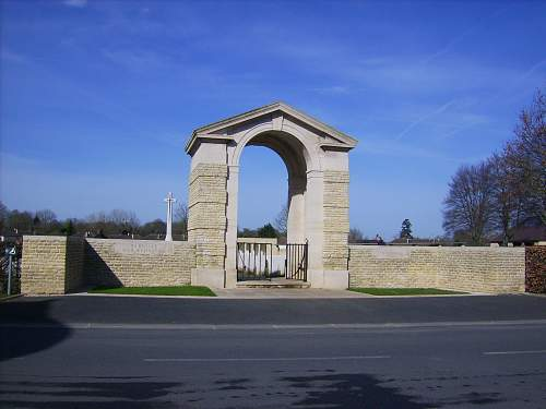 Click image for larger version.  Name:Normandy April 2010 262.jpg Views:46 Size:234.5 KB ID:96809