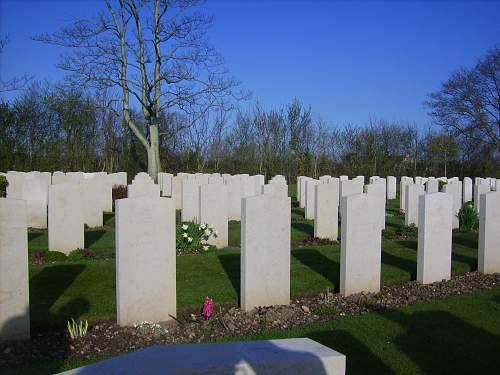 Click image for larger version.  Name:Normandy April 2010 138.jpg Views:37 Size:244.5 KB ID:97531