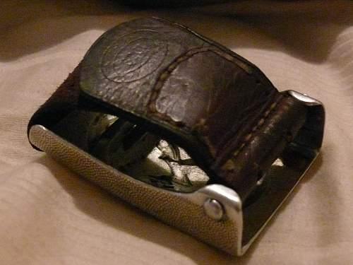 1939 LW Buckle on a 1943 belt.