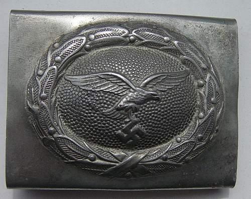 Click image for larger version.  Name:Luftwaffe belt buckle..JPG Views:427 Size:171.2 KB ID:403784