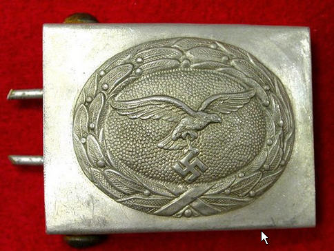 Need help--Is this belt buckle good or fake?