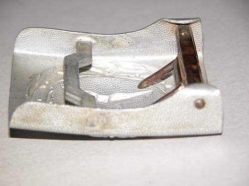 Unit marked LW drop tail buckle