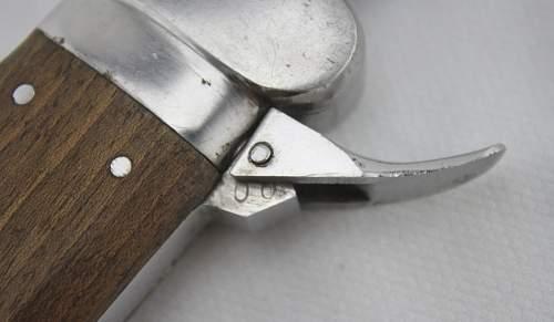 FJ/Air Crew Gravity Knife, Weyerberg for review.