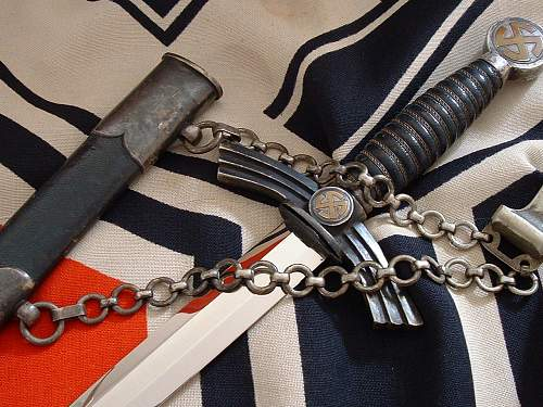 Luftwaffe 1st with detachable chains.