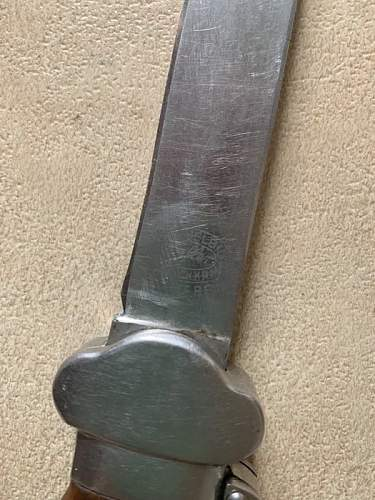 Luftwaffe Gravity Knife 1st model - please help to determine authenticity and value