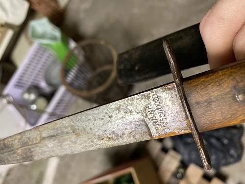 Rare Luftwaffe boot knife variant ?
