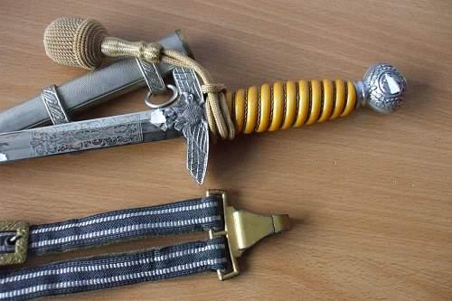 Real or Fake Luftwaffe dagger?