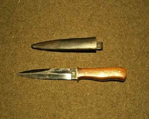 Luftwaffe L code fighting knives
