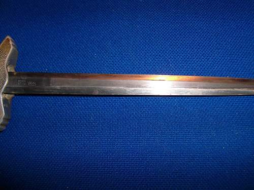 2nd luftwaffe dagger. Fake or not ?