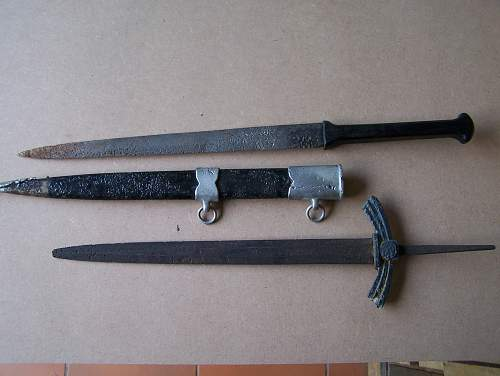 German 1st model, Luftwaffe dagger w/ F.W. Holler