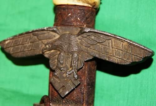 I found this 2nd Model Luftwaffe Dagger