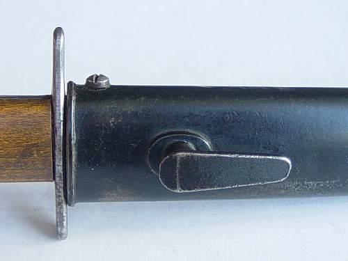 Click image for larger version.  Name:Luftwaffe knife scabbard details 003.jpg Views:156 Size:184.5 KB ID:29404