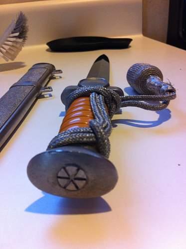 Identify Luftwaffe Dagger