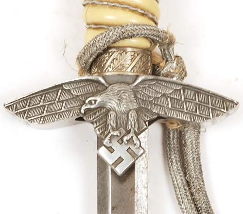 2nd model Luftwaffe dagger with potepee and hangers by FW Holler