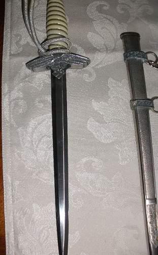 Genuine Luftwaffe Dagger?