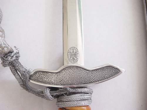 Click image for larger version.  Name:Luftwaffe second pattern dagger. 005.jpg Views:199 Size:223.8 KB ID:31210