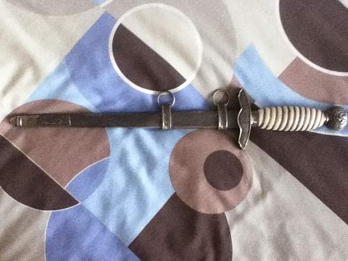 luftwaffe dagger, real or fake I need help please!!