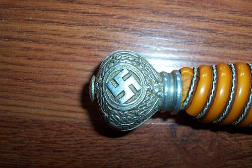 Need help, german luftwaffe dress dagger real or fake