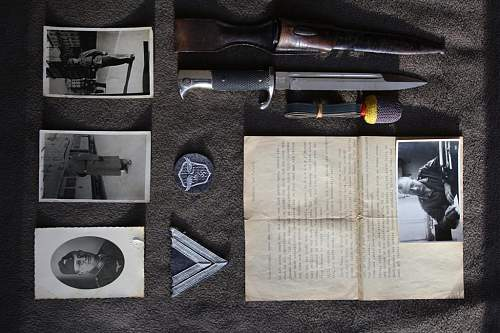 Which dagger/bayonet would this LW obergefreiter have worn ?