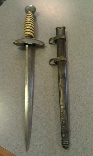 2nd Luftwaffe dagger, should i buy it or not ?