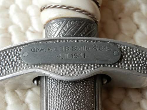 Luftwaffe 2nd pattern dagger info needed.