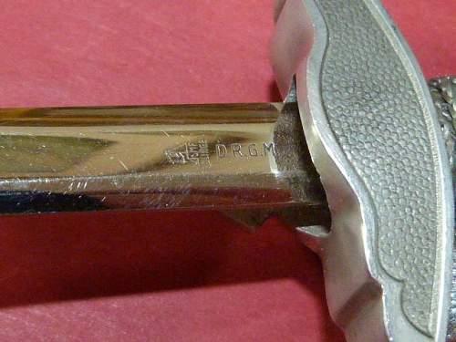Luftwaffe miniature dagger