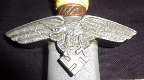 Unmarked 2nd model Luftwaffe Dagger opinions