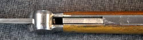 Gravity knife @ auction