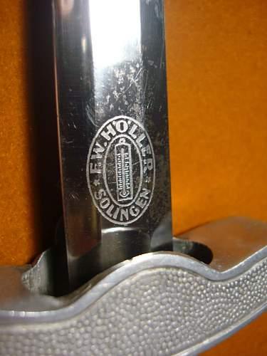 Click image for larger version.  Name:2nd Model Luftwaffe Dagger - 02l.jpg Views:201 Size:130.4 KB ID:82593