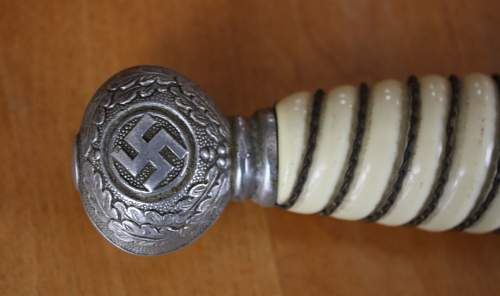 Buying a luftwaffe dagger in 2 days if you guys can tell me it's genuine.