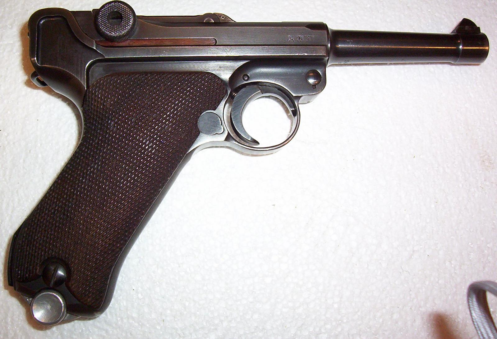 My 1939 dated, 42 Luger pistol. A rare, transitional, variation. Only five reported so far in ...