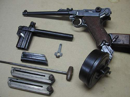 Click image for larger version.  Name:272 kbs left side Pistol & all Accessories.jpg Views:3081 Size:110.2 KB ID:66976