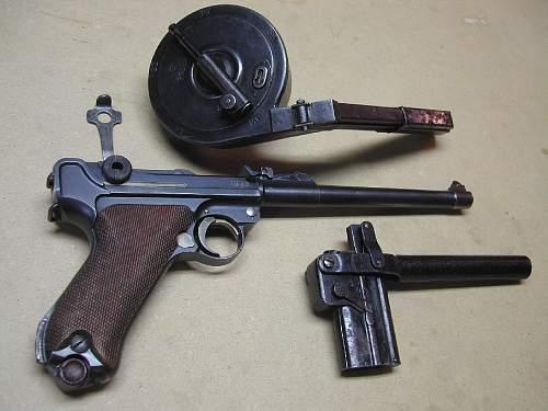 -cropped-resized-right-side-pistol-snail-drum-loader-take-down-tool-scn4531.jpg