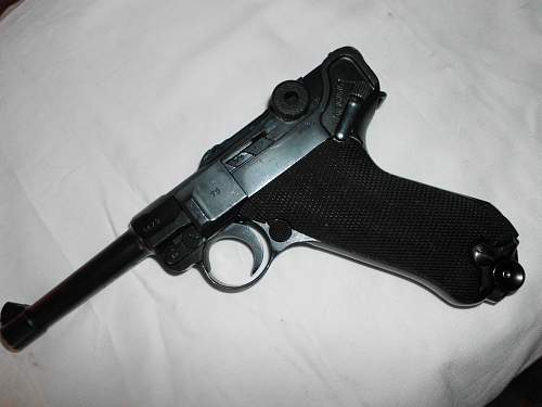 1942 Luger (with issues)