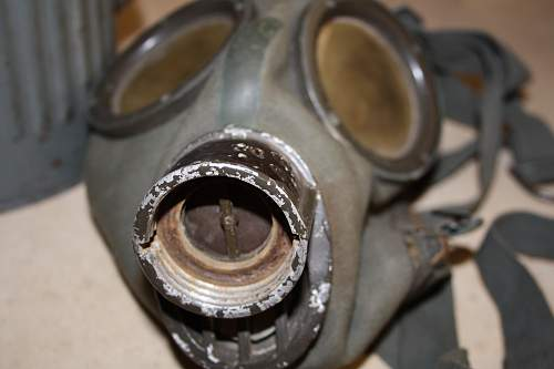 gas mask date 1937