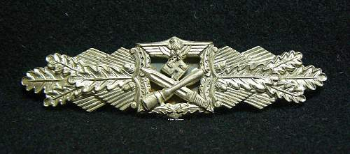 Nahkampfspange in Silber, A.G.M.u.K.